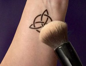 How to make a temporary tattoo last longer - applying powder 2